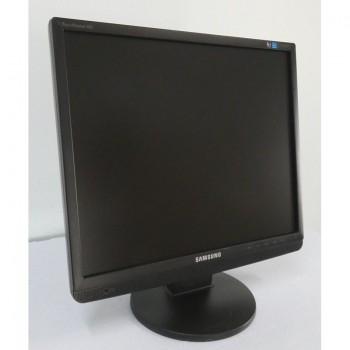 "MONITOR PC COMPUTER LCD 19"" SAMSUNG 943BM 1280X1024 MULTIMEDIALE - USATO"